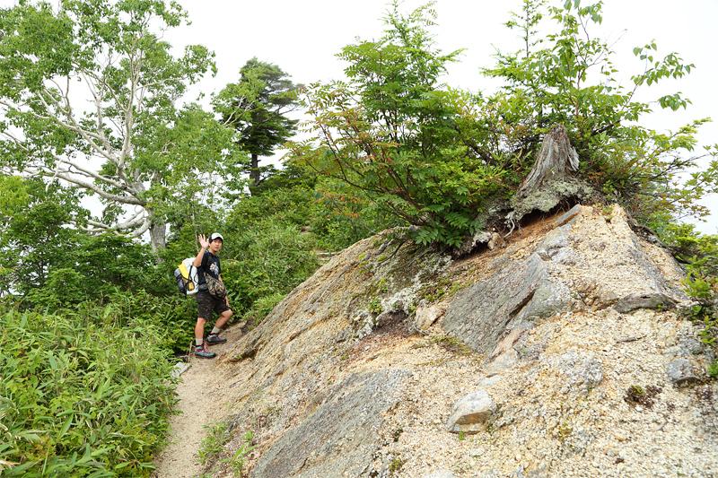 五竜岳への登山道_中遠見山~大遠見山